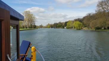 Mapledurham direction 1
